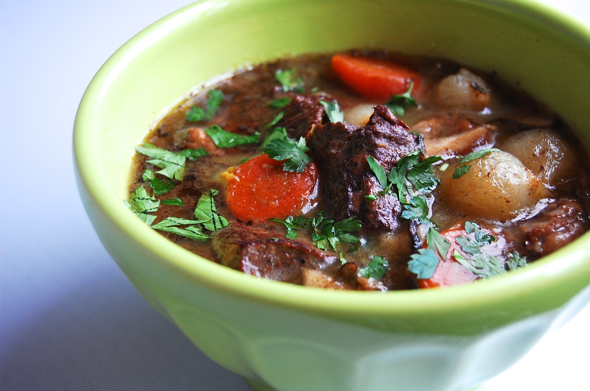 Boeuf Bourguignon {Slow Cooker} -
