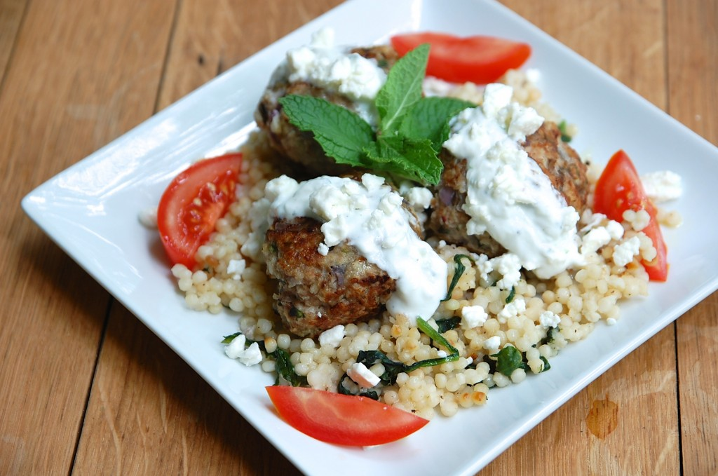 Greek Turkey Meatballs with Easy Tzatziki - gouramanda